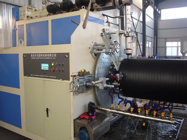 HDPE大口径缠绕管设备厂家